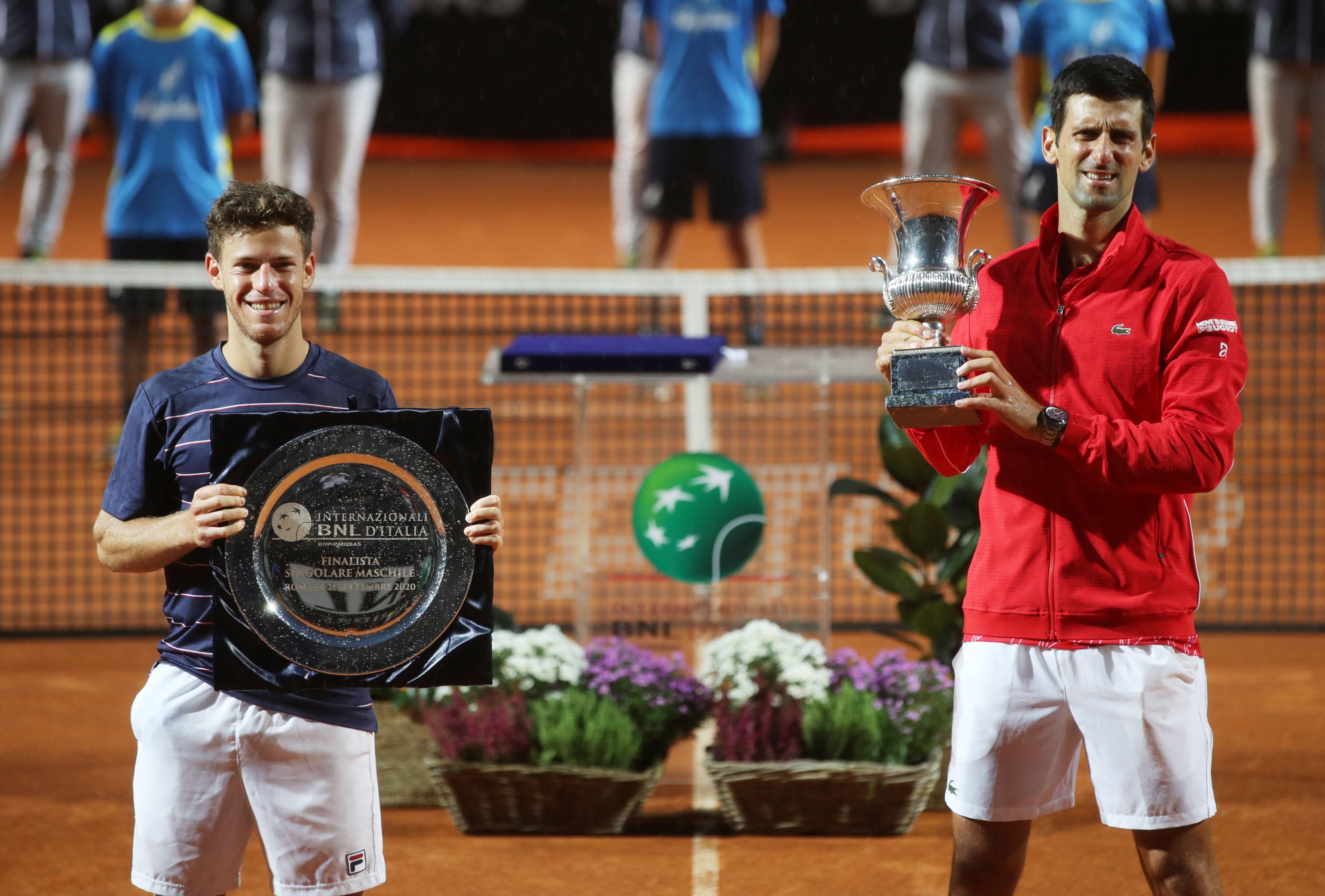 Diego Schwartzman y Novak Djokovic, los protagonistas de la final en Roma (REUTERS/Clive Brunskill)