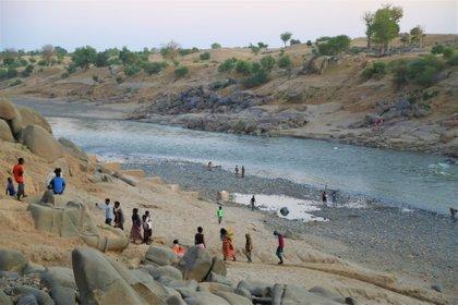 17/11/2020 Des réfugiés éthiopiens traversent la frontière avec le Soudan AFRIQUE POLITIQUE AFRIQUE ETHIOPIE INTERNATIONAL SUD N PAM / LENI KINZLI