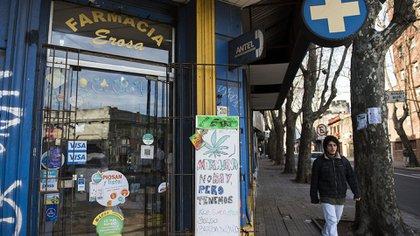 El listado de farmacias autorizadas se dará a conocer en los próximos días (AP)