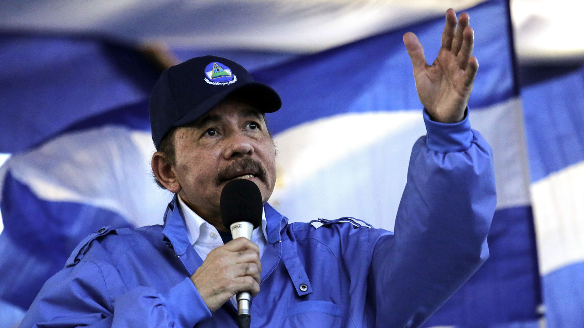 Daniel Ortega se comprometió a liberar a los presos políticos (AFP)