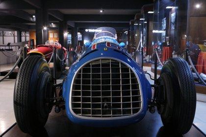 La Ferrari 166 con la que compitió el astro del volante se encuentra en el Museo de Fangio de Balcarce