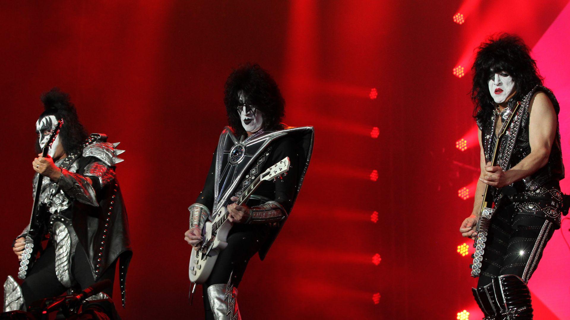 """La banda de rock """"Kiss"""" durante su concierto en el Domination Fest celebrado en el Autódromo Hermanos Rodríguez en Ciudad de México / (GABINO ACEVEDO / CUARTOSCURO.COM)"""