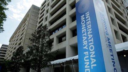 El Fondo Monetario Internacional le pedirá explicaciones al Gobierno argentino si en los próximos meses el Indec valida hacia el cierre del tercer trimestre el desvío previsto por los analistas en la meta de inflación respecto de un año atrás