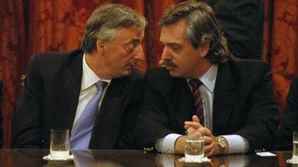 Néstor Kirchner junto a Alberto Fernández (foto de archivo)