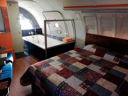 Otra habitación del avión-motel.