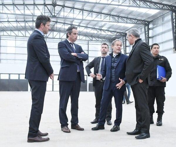 El ministro Ferrari y equipo. (Ministerio de Justicia)