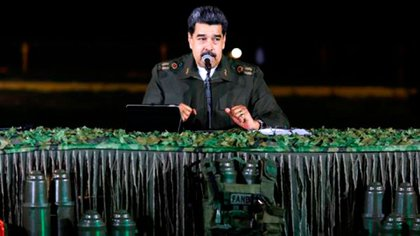 Nicolás Maduro en una transmisión anunciando planes militares