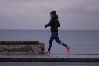 Aquellas personas que deseen correr, podrán hacerlo en el horario de 6 a 8.30 am, mientras que las demás actividades podrán realizarse en cualquier horario diurno.