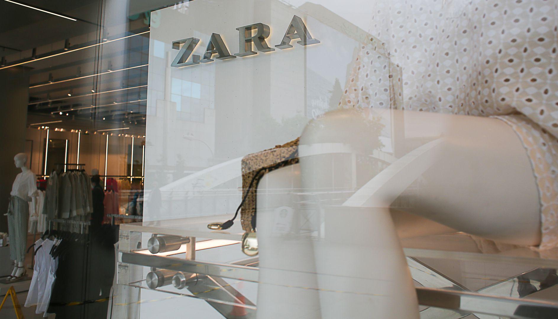 13-05-2021 Una tienda de Zara en el centro de Madrid, el día que Inditex ha anunciado que acometerá 56 cierres durante el verano, a 13 de mayo de 2021, en Madrid (España). Inditex realizará esos cierres durante los meses de junio, julio y agosto, con la recolocación de sus 475 empleados en otros establecimientos del grupo, que continúa así con su proceso de transformación digital, que implica la absorción de locales pequeños y la apuesta por establecimientos de mayor tamaño. ECONOMIA  Cézaro De Luca - Europa Press