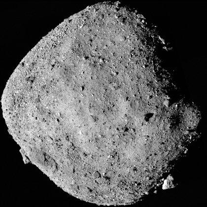 UN imagen de Bennu tomada por OSIRIS Rex el 2 de diciembre desde una distancia de 24 km. (NASA/Goddard/University of Arizona via REUTERS)