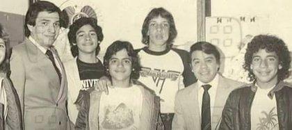 Gracias al trabajo de promoción de Nacho Aguilar, la banda pudo presentarse en el Estadio Azteca en 1983 (Foto: Captura de pantalla Ventaneando)