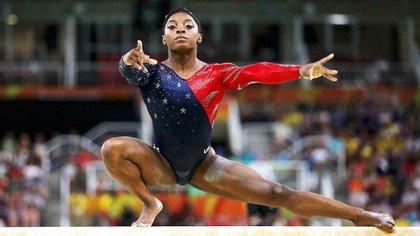 Simone Biles, medallista de oro en Río 2016, se defendió a través de Twitter (Reuters)