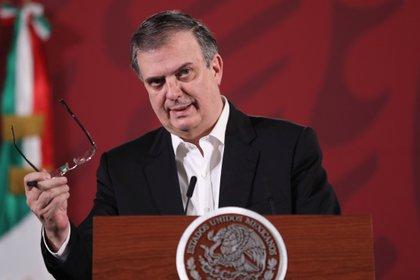 """El secretario de Relaciones Exteriores (SRE), Marcelo Ebrard, tuvo un simple """"error de dedo"""" en su publicación (Foto: EFE/Archivo)"""
