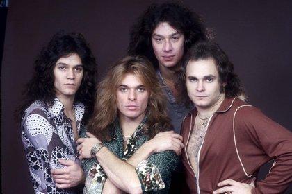 Eddie Van Halen, David Lee Roth, Alex Van Halen y Michael Anthony: la formación de Van Halen en Londres en octubre de 1978 (Andre Csillag/Shutterstock)