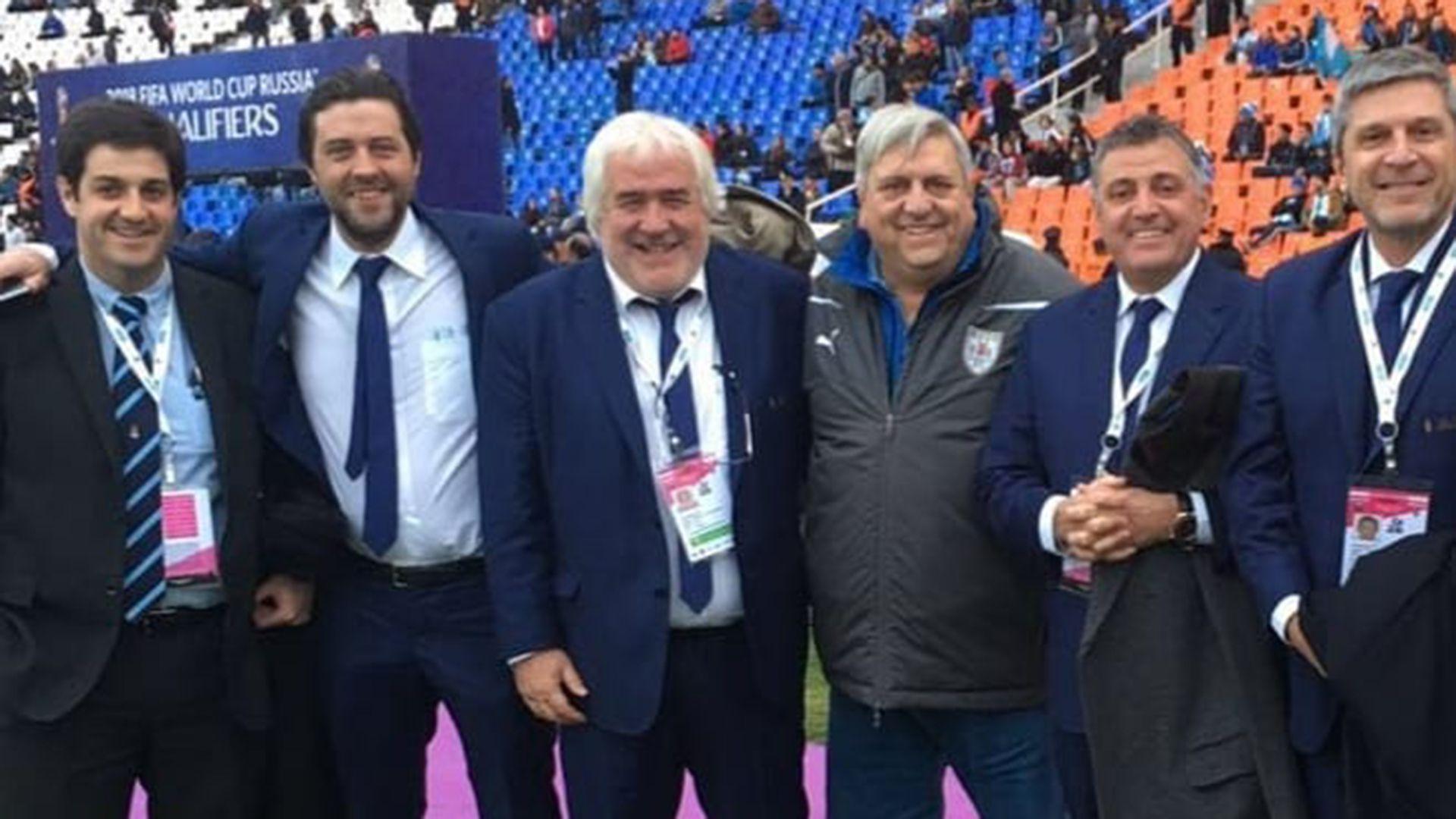 José Marciano solía acompañar a la selección uruguaya a donde jugase (@c.a.rentistas)