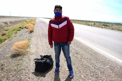 En Comodoro Rivadavia su historia se hizo viral: estuvo tres días hasta que una mujer pagó su traslado hacia Córdoba (El Calatense)
