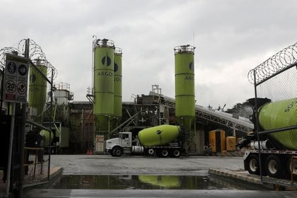 Cement silos of Colombian cement maker Argos are pictured at a plant in Medellin, Colombia, May 30, 2019. Picture taken May 30, 2019. REUTERS/Luisa Gonzalez