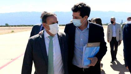 Wado de Pedro ya llegó a Chilecito, desde donde evaluará con el Presidente un viaje a la vecina San Juan