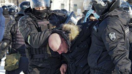 Enfrentamientos en Khabarovsk (AP/Igor Volkov)