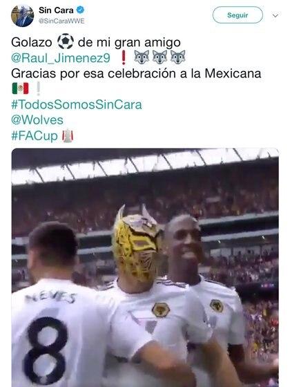 El luchador de lucha libre felicitó a Jiménez en redes sociales (Foto: Twitter @SinCaraWWE)
