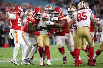 Derrick Nnadi realizó cuatro tackles durante la victoria de Kansas City Chiefs ante San Francisco 49ers en el Super Bowl LIV (REUTERS)