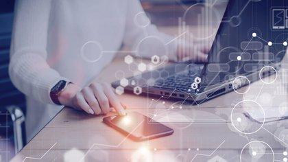 De cara al futuro, la comunicación desde cualquier terminal resultará primordial para las empresas (Shutterstock)