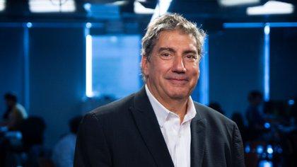 Haiek es economista de la UBA y estudió cine y producción en EEUU