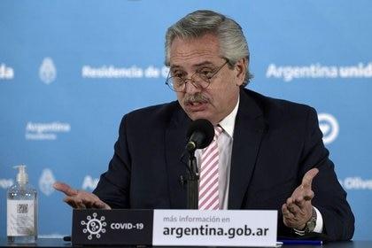 El DNU de Alberto Fernández con las nuevas restricciones incluyó la suspensión de la presencialidad en las escuelas durante dos semanas (Juan Mabromata/Pool via REUTERS)