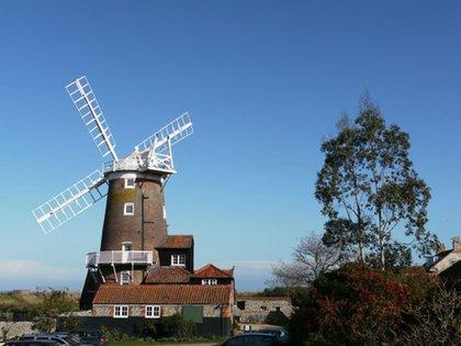Windmill Cley (Norfolk, Reino Unido). Era un antiguo molino de viento, construido en el siglo XVIII, que se convirtió en hotel en la década de 1980