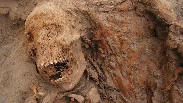 Hallan esqueletos de niños sacrificados en el Perú precolombino Sacrificio-ninos-