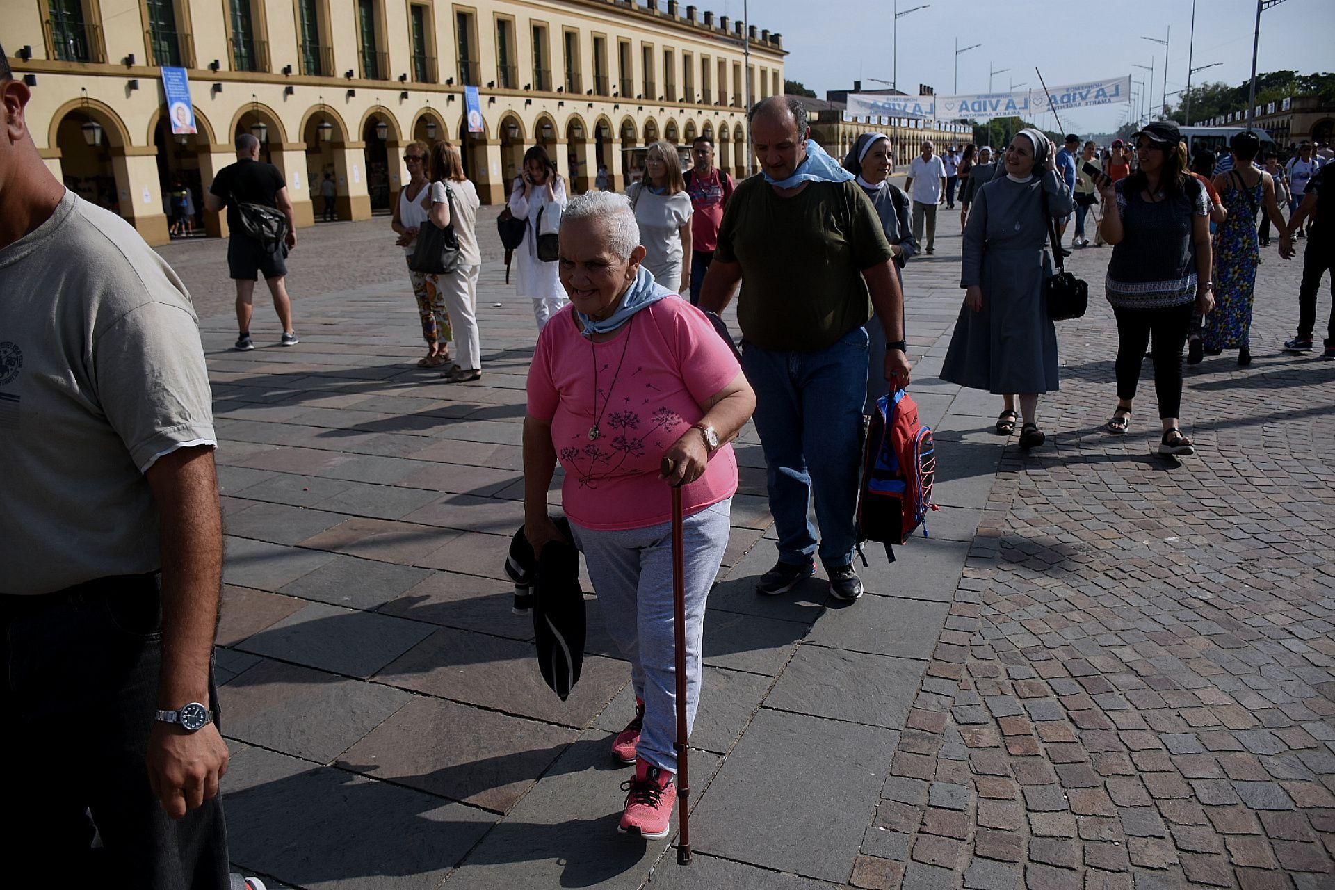 La llegada de los fieles a Luján