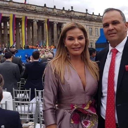 """José """"Ñeñe"""" Hernández y su esposa María Mónica Urbina en la posesión del presidente Iván Duque."""