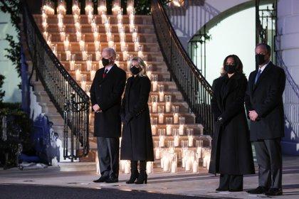 Joe y Jill Biden y Kamala Harris y Doug Emhoff. REUTERS/Jonathan Ernst