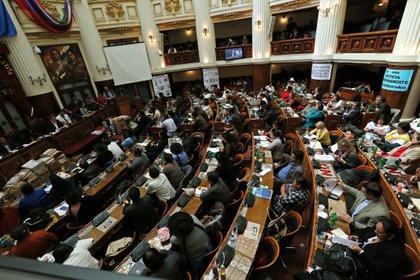 En Bolivia también se aprobó un impuesto a la riqueza EFE/Martin Alipaz/Archivo