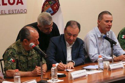 El gabinete de Seguridad informó que los sicarios intentaron sobornar al coronel al mando de la operación. (Foto: Archivo/ Cuartoscuro)