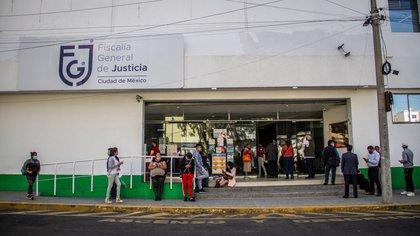 Detuvieron por extorsión a titular de Ministerio Público en CDMX: quería cobrar 150,000 pesos