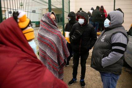 A pesar de contar con afiliación al IMSS o ISSSTE, 3 de cada 10 derechohabientes prefieren asistir a servicios de salud privados (Foto: José Luis González/Reuters)