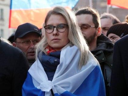 FOTO DE ARCHIVO: La figura de la oposición rusa Lyubov Sobol participa en una manifestación por el quinto aniversario del asesinato del político Boris Nemtsov el 29 febrero 2020. (REUTERS/Shamil Zhumatov)