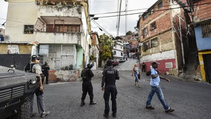 La división policial es señalada como responsable de las detenciones arbitrarias del régimen