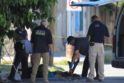 Si en la víctima había mensajes escritos, o si su cuerpo fue inhumado clandestinamente, habla de signos del crimen organizado (Foto: EFE/Luis Torres)