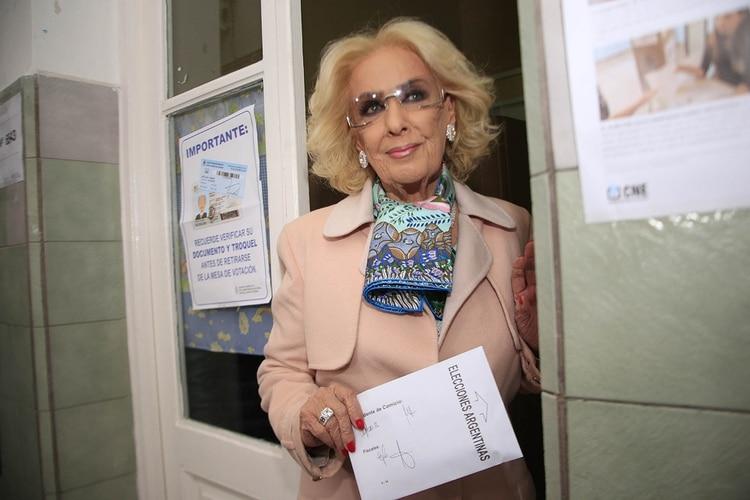 Mirtha Legrand llegó a votar a las 16.45 (Luciano Gonzalez)