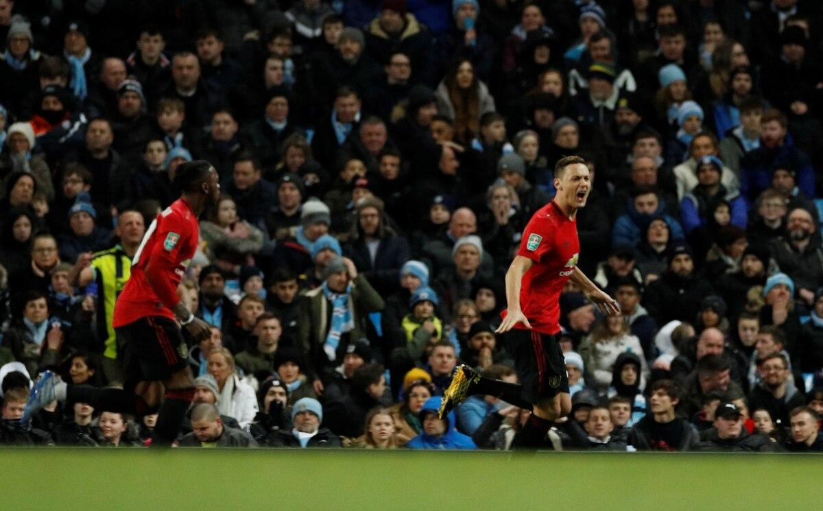 El United le gana al City en el clásico de Manchester y se ilusiona con revertir la semifinal de la Copa de la Liga - Infobae