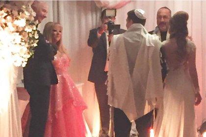 Mauro y Leonor en el casamiento de su hijo, Jonatan Viale, en marzo de 2015