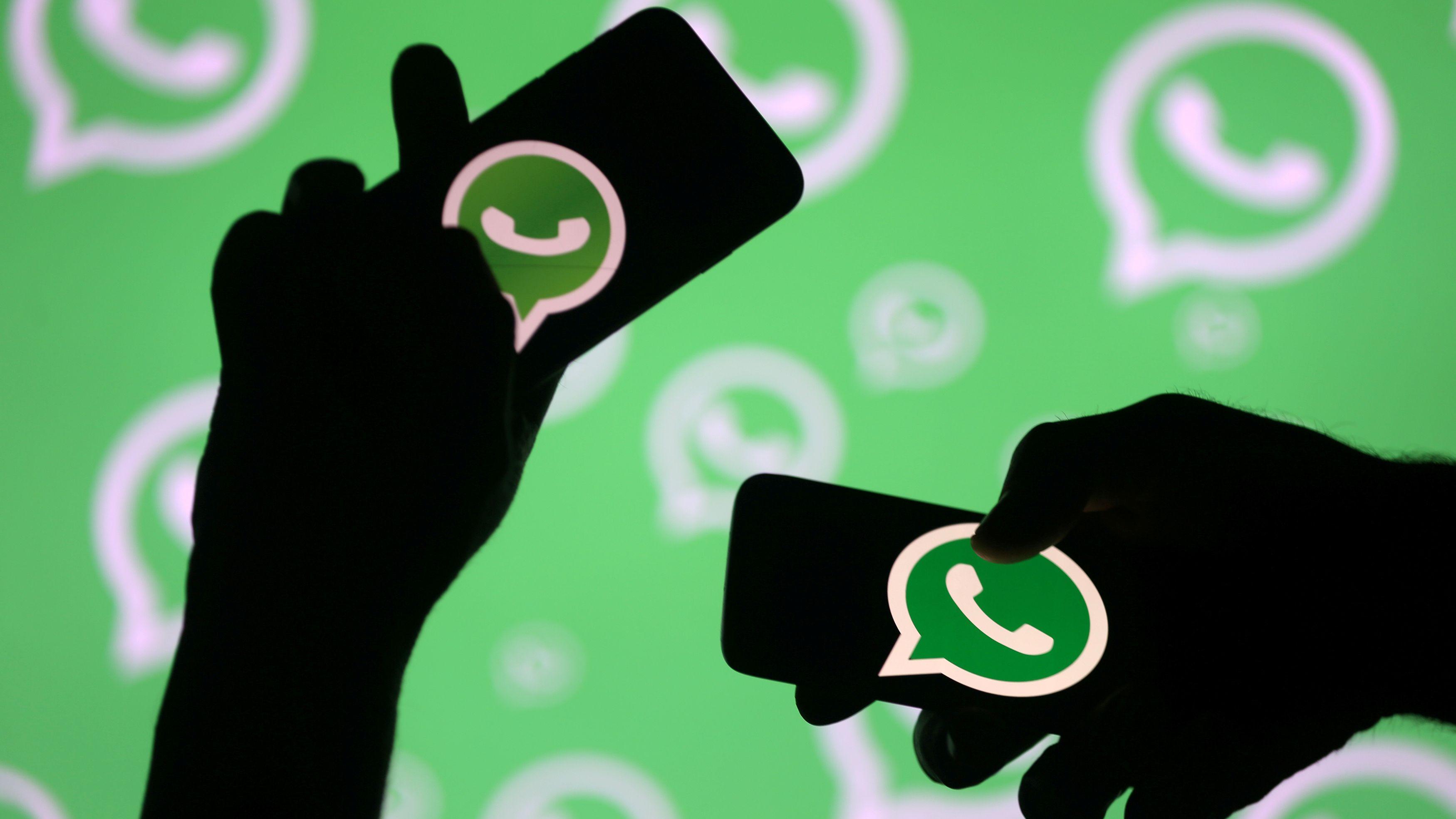 Cientos de miles de números de WhatsApp quedaron expuestos en la web  (REUTERS/Dado Ruvic/File Photo)