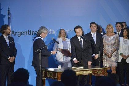 Alberto Fernández le toma juramento a Gustavo Béliz (Gustavo Gavotti)