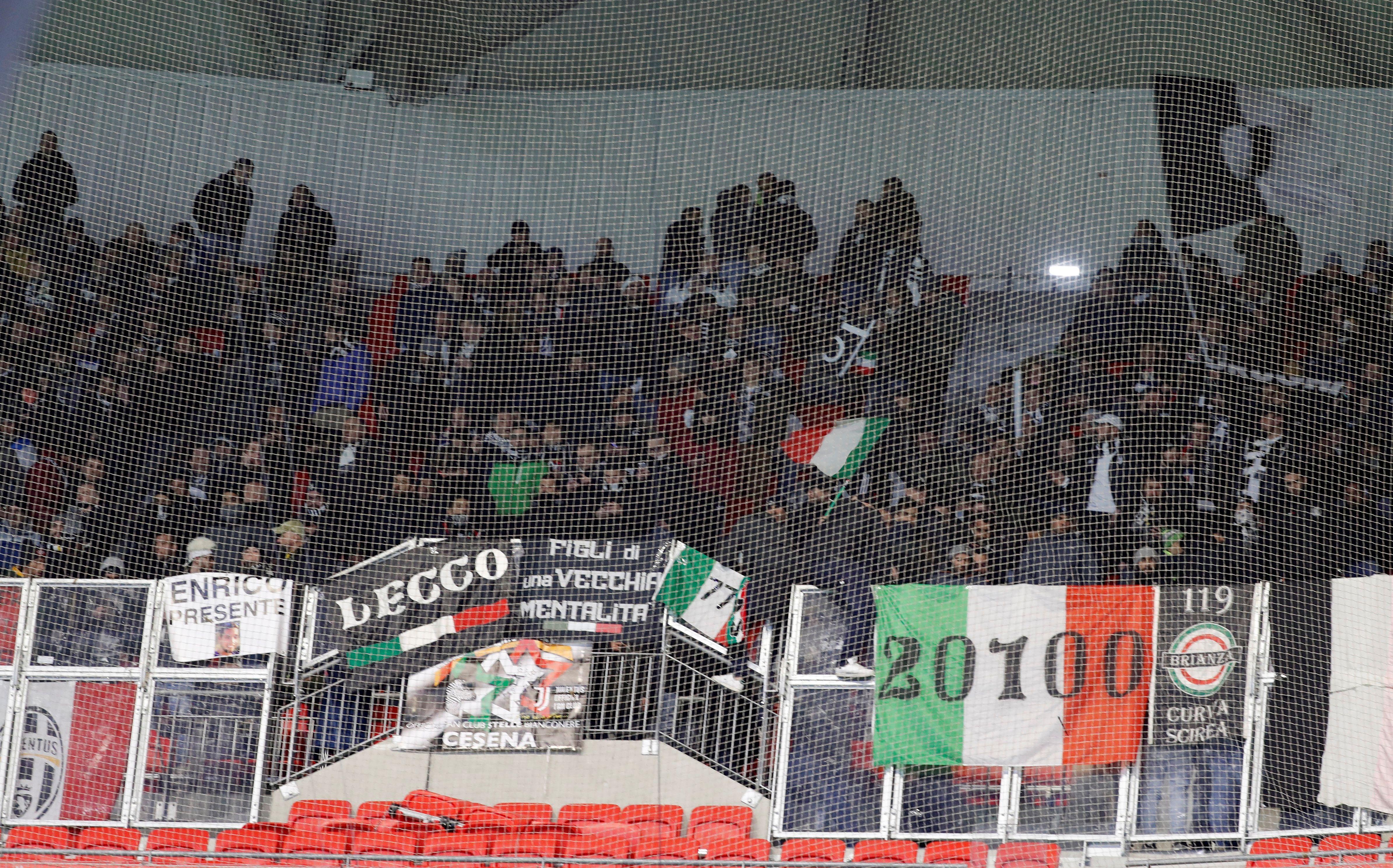 Alrededor de 3.000 hinchas de Juventus llegaron hasta Lyon el 26 de febrero pasado (Foto: Reuters)