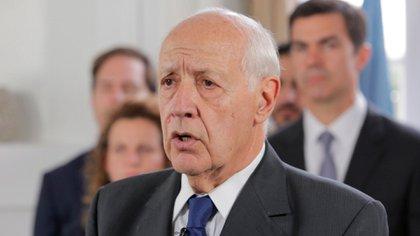 """Roberto Lavagna criticó la suspensión de la presencialidad de las clases en el AMBA: """"Las escuelas pueden y deben seguir abiertas"""""""