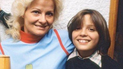Una de las últimas fotos de Luis Miguel con su madre, antes de su desaparición.