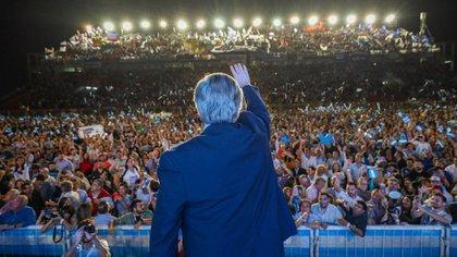 El candidato del Frente de Todos encabezó uno de sus últimos actos de campaña