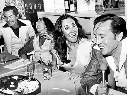 Su apodo se lo debe al director de cine Agustín P. Delgado, quien lo bautizó como Chespirito por su gran capacidad para escribir guiones y es el diminutivo de la pronunciación de Shakespeare.